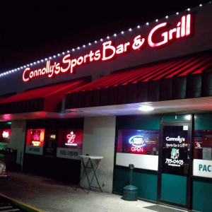 Connollys sports bar & grill 2